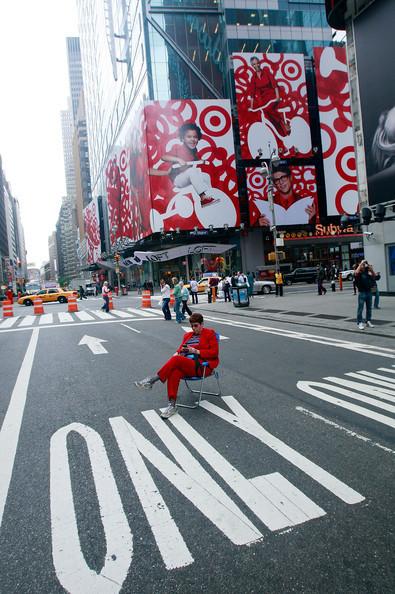 Площадь Таймс-сквер стала пешеходной. Изображение № 7.
