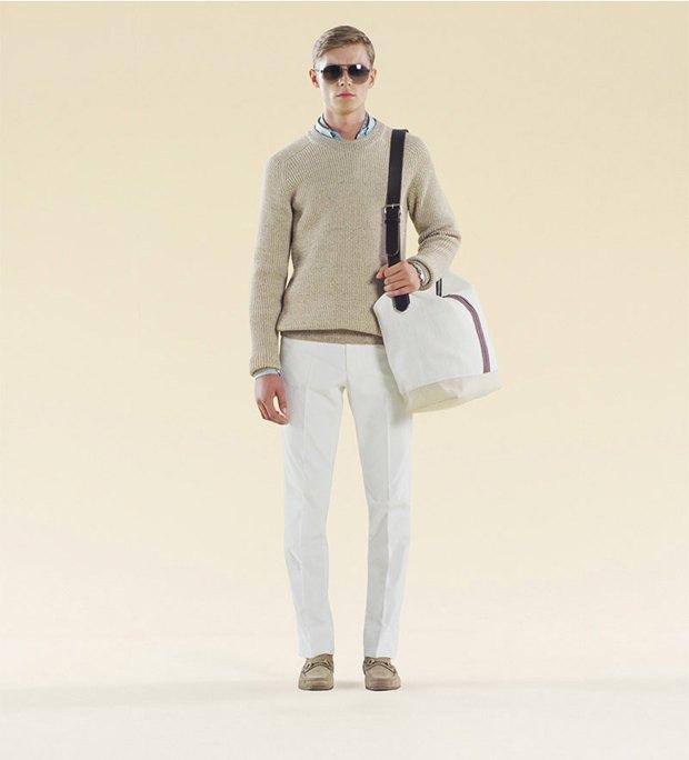 Показаны новые лукбуки Gucci, Louis Vuitton и Prada. Изображение № 37.