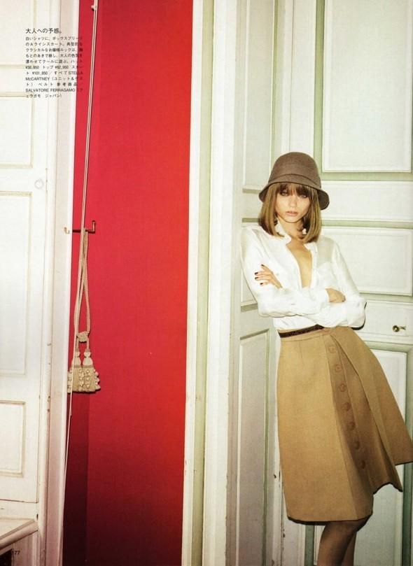 5 новых съемок: Elle, Harper's Bazaar, Numero и Vogue. Изображение № 36.