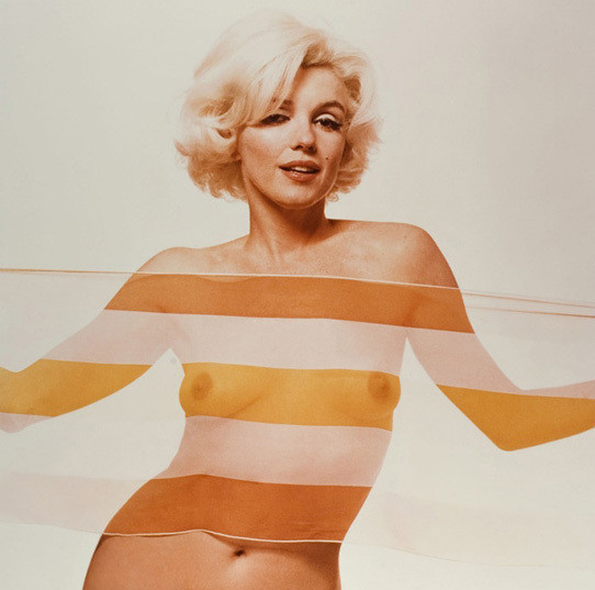 Части тела: Обнаженные женщины на фотографиях 50-60х годов. Изображение № 90.