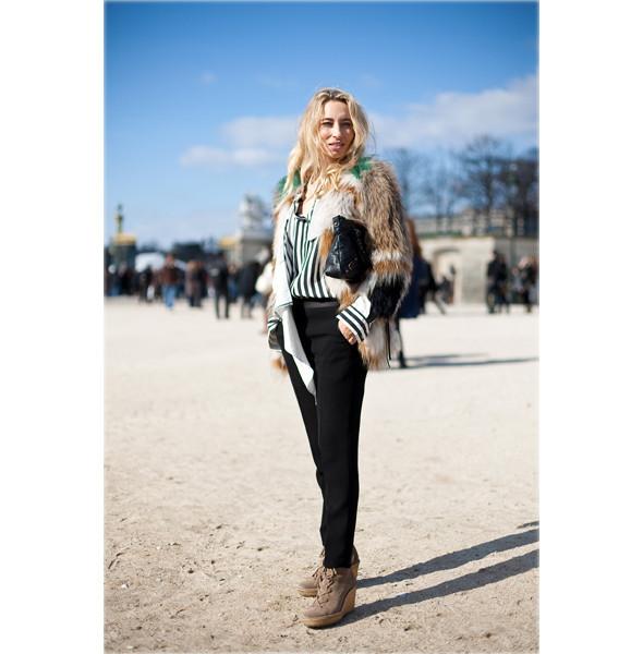 Луки с Недели моды в Париже. Изображение № 15.