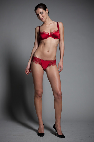 Новости ЦУМа: Коллекция нижнего белья Джулии Рестуан-Ройтфельд для Kiki de Montparnasse. Изображение № 2.