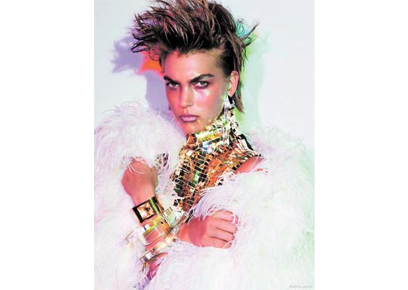Аризона Мьюз для французского Vogue . Изображение № 160.