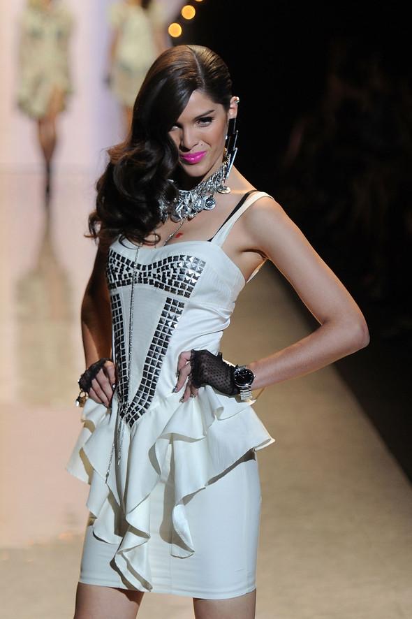 New York Fashion Week: Betsey Johnson Spring 2012. Изображение № 7.