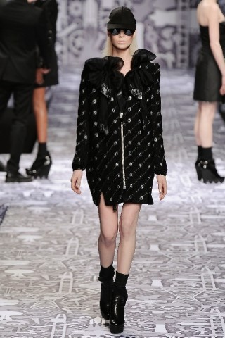 Back to black : Gareth Pugh и Victor&Rolf aw 2010-2011. Изображение № 60.