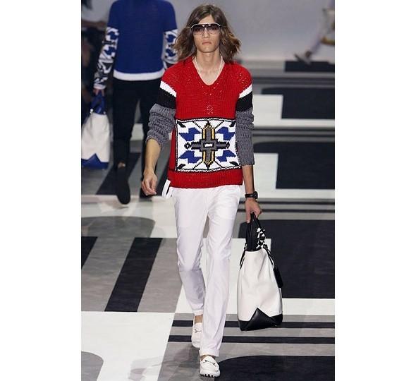 Трансляция показа новой мужской коллекции Gucci. Изображение № 6.