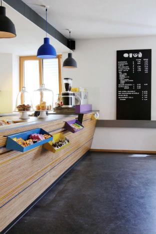 На скорую руку: Фаст-фуды и недорогие кафе 2011 года. Изображение № 46.
