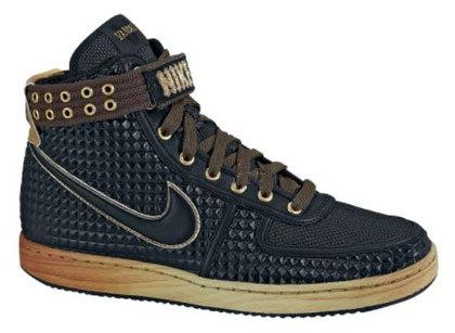 Nike для«металлистов». Изображение № 6.