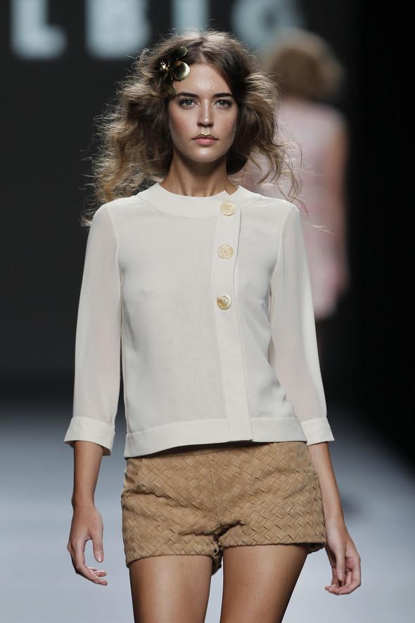 Madrid Fashion Week SS 2012: Teresa Helbig. Изображение № 5.