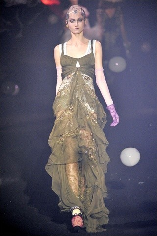 John Galliano Spring-Summer 2010. Изображение № 28.