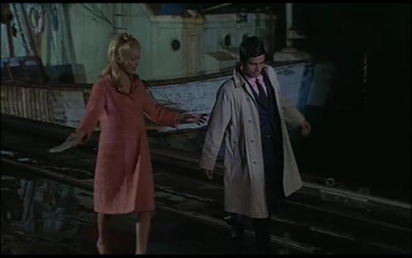 Movie-Looks: «Шербурские зонтики». Изображение № 35.