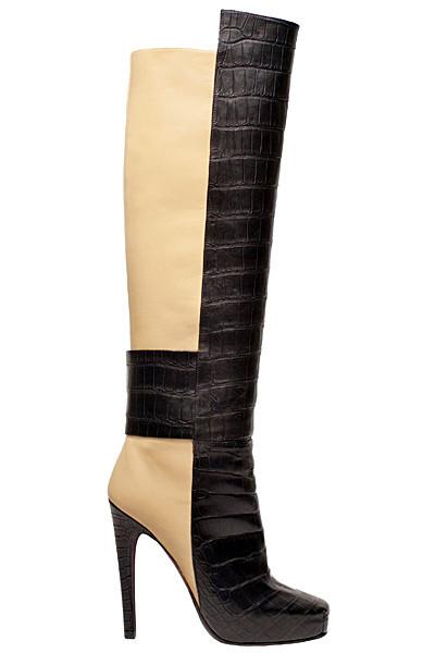 Изображение 34. Лукбуки: Alexander McQueen, Maison Martin Margiela, Versace и другие.. Изображение № 33.