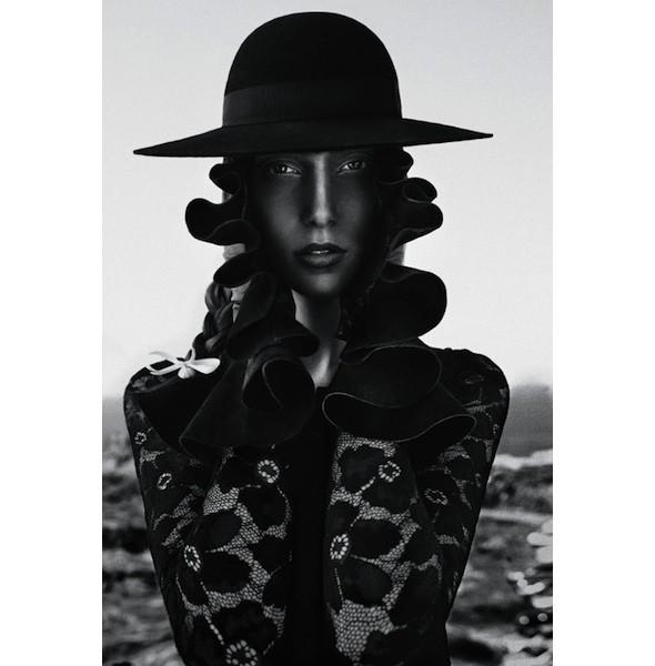 5 новых съемок: Interview, Marie Claire и Vogue. Изображение № 22.