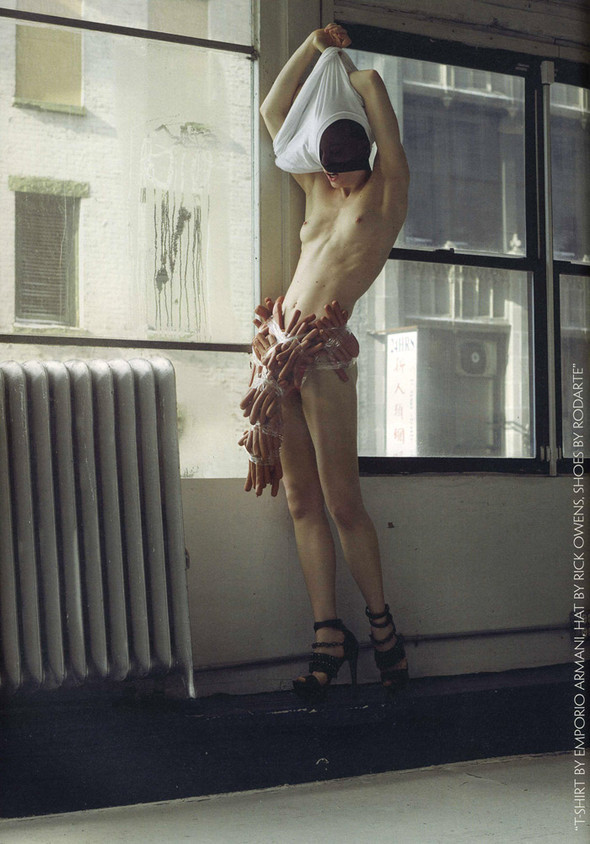 Наташа Войнович и еда, фотограф Седрик Буше. Изображение № 2.