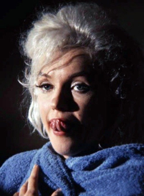 Неопубликованные снимки обнаженной Мерлин Монро за 3 месяца до смерти . Изображение № 8.