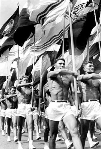 Парад 1956 г.. Изображение № 147.