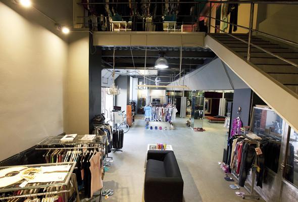 Look At Me Store исполнился один год. Изображение № 4.