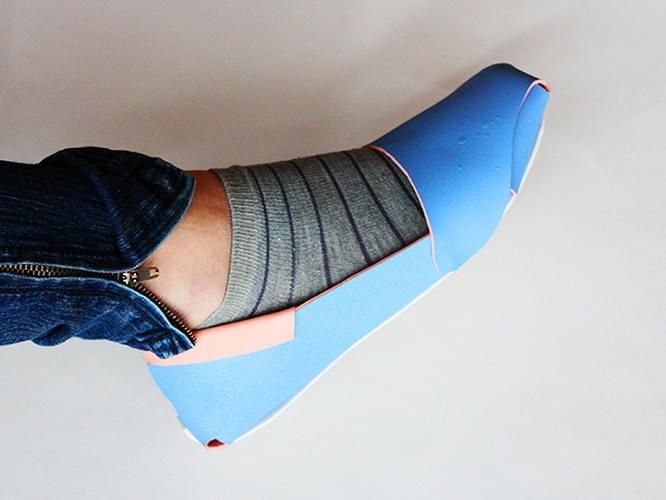 Китайский дизайнер представил складную обувь-оригами. Изображение № 5.
