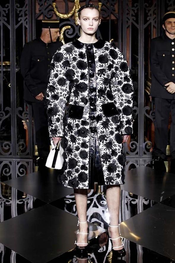 Изображение 39. Louis Vuitton Fall 2011.. Изображение № 39.