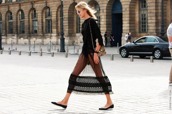 Уличный стиль на Неделе высокой моды в Париже. Изображение № 86.