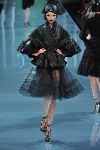 Футуристическая классика Dior. Изображение № 5.