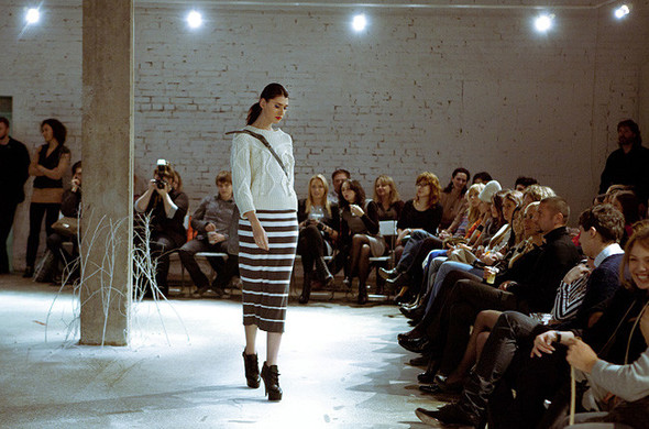 Модный показ на дизайн-заводе FLACON от магазина Ekepeople. Изображение № 11.
