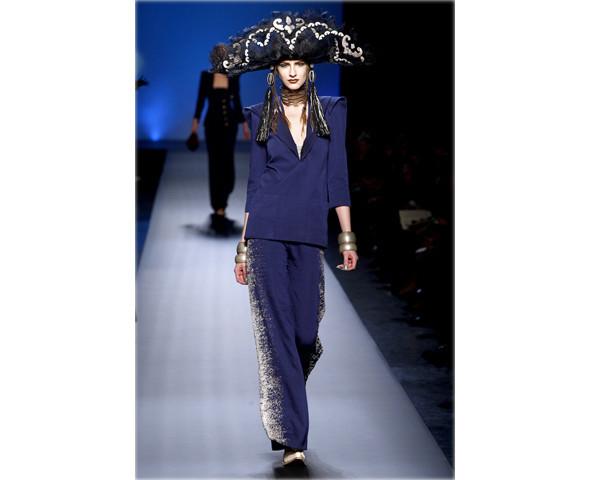 Неделя моды в Париже: Haute Couture. Изображение № 17.