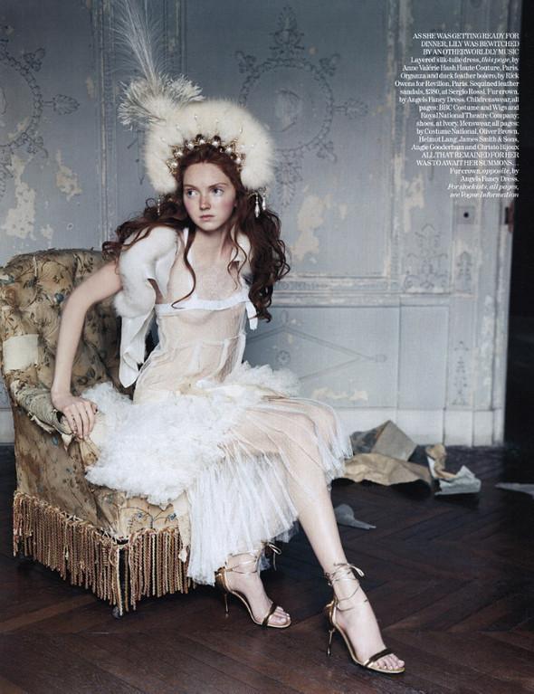 Архивная съёмка: Лили Коул для британского Vogue, 2004. Изображение № 10.