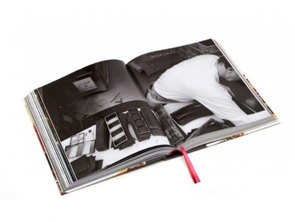 Изображение 3. Mulberry выпускают книгу к своему юбилею.. Изображение № 3.