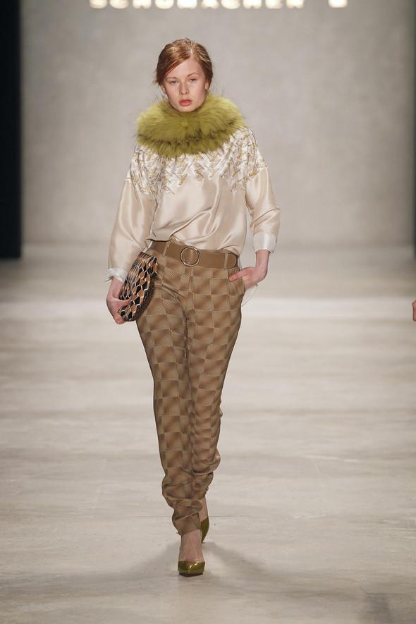 Berlin Fashion Week A/W 2012: Schumacher. Изображение № 17.