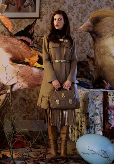 Изображение 4. Превью кампаний: Burberry, Marc Jacobs и Mulberry.. Изображение № 5.