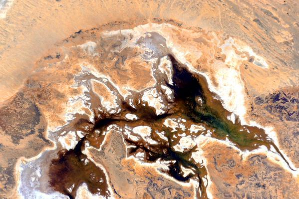 Астронавт выложил абстрактные фотографии Австралии с орбиты. Изображение № 5.