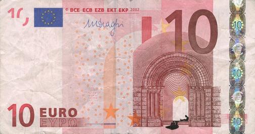 Художник в знак протеста изрисовал банкноты на 3555 евро. Изображение № 30.