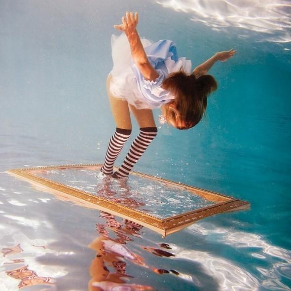 Alice in Waterland. Изображение № 1.