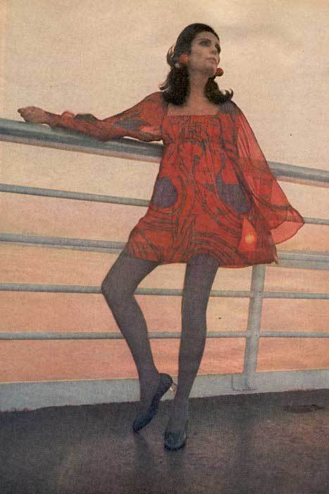 Бабушкины платья. Изображение № 1.