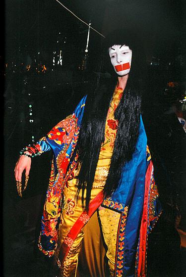 Роксанна Лоуит: за кулисами Dior. Изображение № 17.