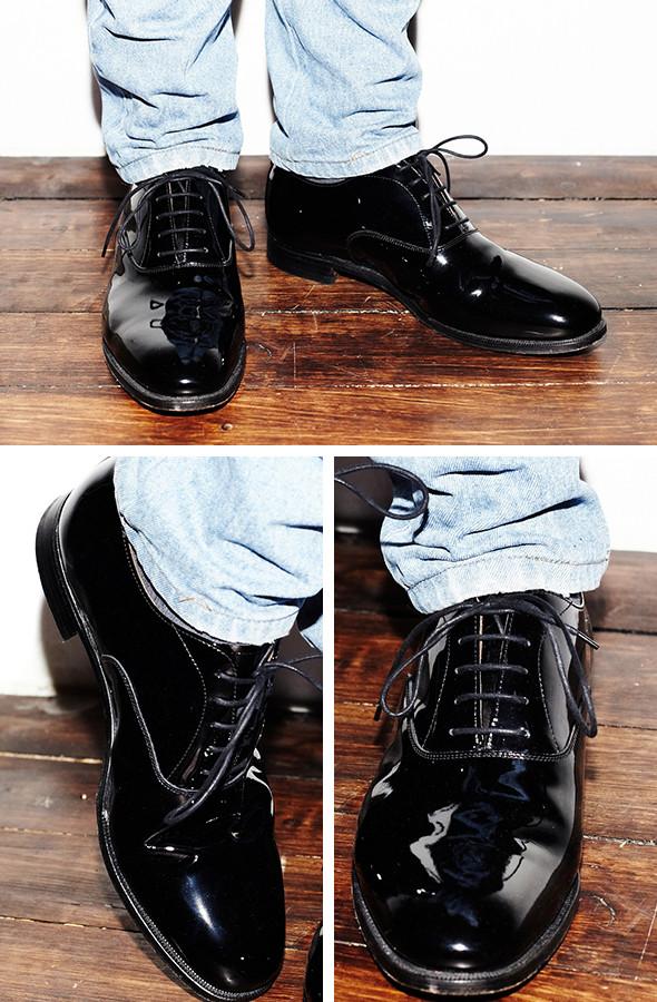 Изображение 9. Гардероб: Анатолий Хмелевской, совладелец компании British Shoes.. Изображение № 10.