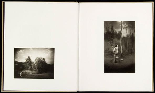 Летняя лихорадка: 15 фотоальбомов о лете. Изображение №166.
