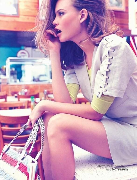 Behati Prinsloo для Vogue Turkey. Изображение №6.