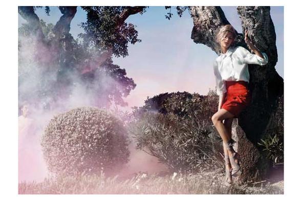 Новые рекламные кампании: Fendi, Mango, McQueen, Hermes. Изображение № 9.