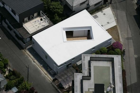 F-WHITE. Takuro Yamamoto. Изображение № 1.