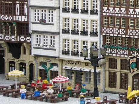 48 креативных LEGO творений. Изображение № 10.