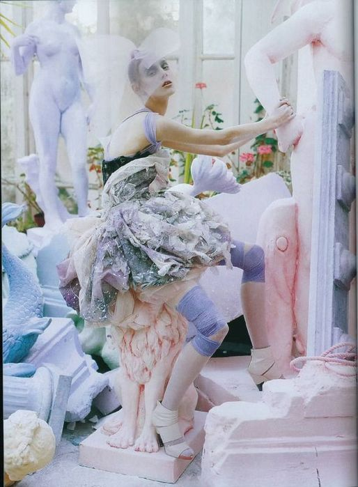 A Magic World (Vogue Italia January 2008 ). Изображение № 9.