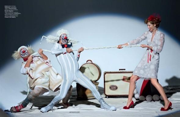 Circus, Circus! в январьском номере Vogue Russia. Изображение № 5.