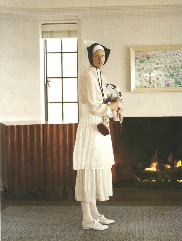Архивная съёмка: Монахини и роботы в объективе Стивена Мейзела, 2006. Изображение № 9.