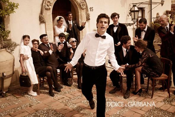 Кампании: Balenciaga, Celine, Dolce & Gabbana и другие. Изображение № 19.