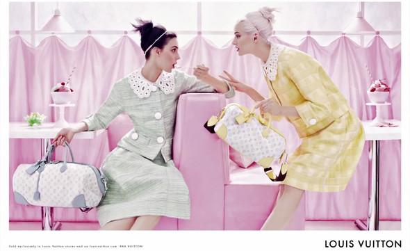 Кампания: Louis Vuitton SS 2012. Изображение № 3.