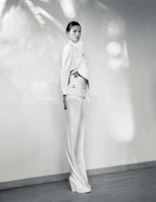 Изображение 23. Съёмки: Harper's Bazaar, Vogue, W и другие.. Изображение № 22.