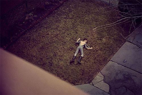 Необычные фэшн-фотографии Тома Хайнса. Изображение № 4.