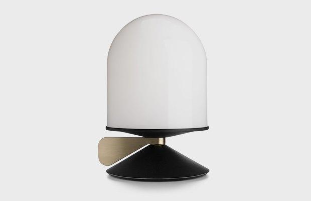 Промышленный дизайнер советует красивые лампы